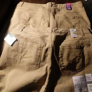 NWT Khaki Twill Classic Fit Pants/various